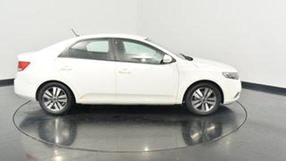 2013 Kia Cerato TD MY13 SI White 6 Speed Manual Sedan.