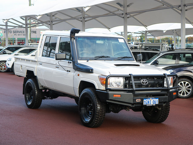 Used Toyota Landcruiser VDJ79R MY12 Update Workmate (4x4), 2014 Toyota Landcruiser VDJ79R MY12 Update Workmate (4x4) White 5 Speed Manual Double Cab Chassis
