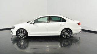 2017 Volkswagen Jetta 1B MY17 155TSI DSG Highline Sport Pure White 6 Speed