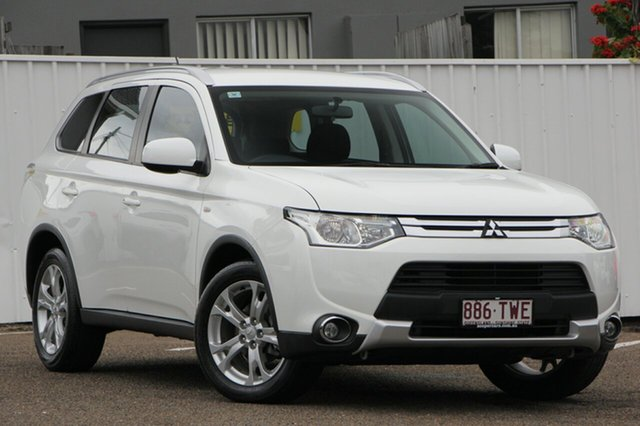 Used Mitsubishi Outlander ZJ MY14.5 ES 4WD, 2014 Mitsubishi Outlander ZJ MY14.5 ES 4WD White 6 Speed Constant Variable Wagon