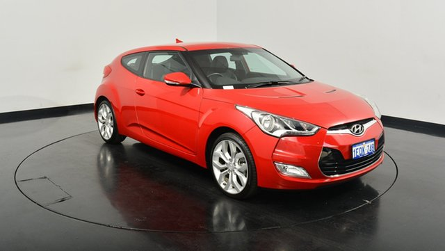 Used Hyundai Veloster FS2 Coupe, 2014 Hyundai Veloster FS2 Coupe Veloster Red 6 Speed Manual Hatchback