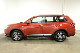 2017 Mitsubishi Outlander ZL MY18.5 ES 2WD Red 6 Speed Constant Variable Wagon.