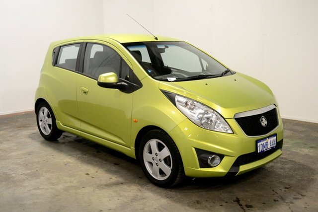 Used Holden Barina Spark MJ MY11 CDX, 2010 Holden Barina Spark MJ MY11 CDX Green 5 Speed Manual Hatchback