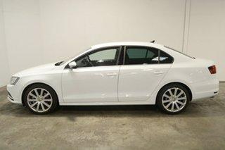 2015 Volkswagen Jetta 1B MY16 155TSI DSG Highline Sport Pure White 6 Speed.