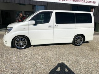 2004 Nissan Elgrand E51 Highway Star White 5 Speed Automatic Wagon