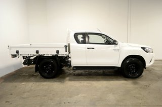 2017 Toyota Hilux GUN126R SR Extra Cab White 6 Speed Sports Automatic Cab Chassis