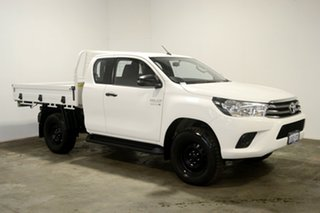 2017 Toyota Hilux GUN126R SR Extra Cab White 6 Speed Sports Automatic Cab Chassis.