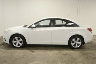2013 Holden Cruze JH Series II MY14 Equipe White 6 Speed Sports Automatic Sedan.