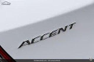 RB6 ACCENT HATCH SPORT 1.6P AUTO.