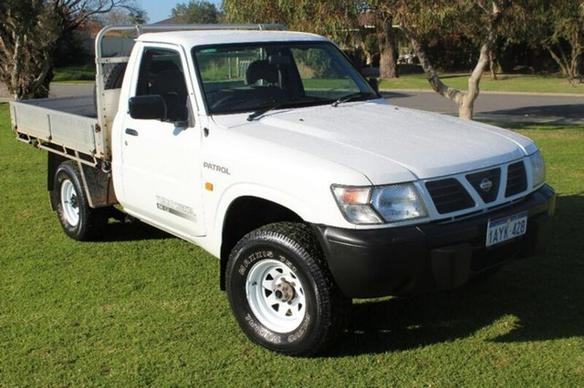 Used Nissan Patrol GU DX, 1999 Nissan Patrol GU DX White 5 Speed Manual Cab Chassis
