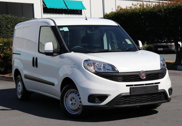 Demo Fiat Doblo  SWB (Low), 2017 Fiat Doblo SWB (Low) White 5 Speed Automatic Van