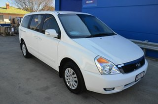 2012 Kia Grand Carnival VQ MY13 SI White 6 Speed Automatic Wagon.