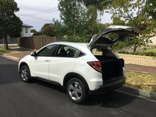 2018 Honda HR-V MY17 VTi-S Taffeta White 1 Speed Constant Variable Hatchback.