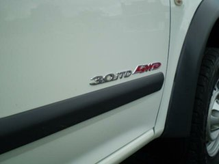 2006 Holden Rodeo RA MY06 LX Crew Cab White 5 Speed Manual Utility