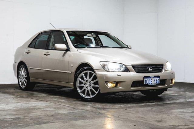 Used Lexus IS200 GXE10R MY04.5 Sports Luxury, 2005 Lexus IS200 GXE10R MY04.5 Sports Luxury Gold 4 Speed Automatic Sedan