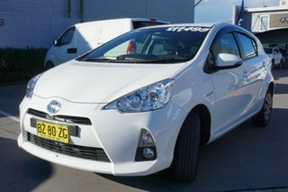 2014 Toyota Prius c NHP10R E-CVT White 1 Speed Constant Variable Hatchback Hybrid.