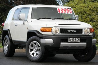 2015 Toyota FJ Cruiser GSJ15R MY14 White 5 Speed Automatic Wagon.