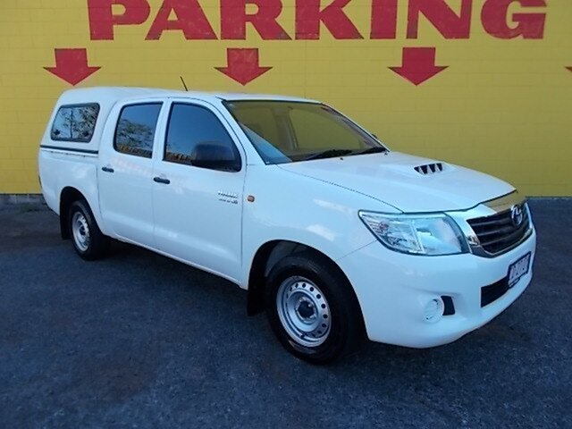 Used Toyota Hilux KUN16R MY12 SR Double Cab 4x2, 2013 Toyota Hilux KUN16R MY12 SR Double Cab 4x2 White 5 Speed Manual Utility