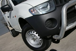 2007 Mitsubishi Triton ML MY07 GLX White 5 Speed Manual Cab Chassis.
