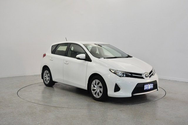 Used Toyota Corolla ZRE182R Ascent S-CVT, 2014 Toyota Corolla ZRE182R Ascent S-CVT White 7 Speed Constant Variable Hatchback