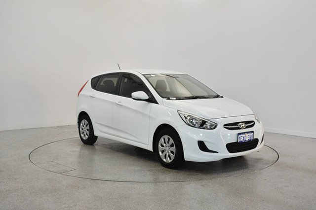 Used Hyundai Accent RB2 MY15 Active, 2015 Hyundai Accent RB2 MY15 Active Crystal White 6 Speed Manual Hatchback