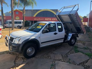 2006 Holden Rodeo RA MY06 LX Space Cab White 5 Speed Manual Cab Chassis.
