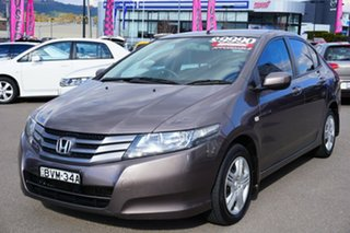 2010 Honda City GM MY10 VTi Grey 5 Speed Automatic Sedan.