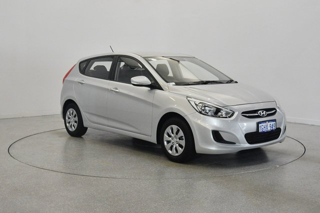 Used Hyundai Accent RB4 MY17 Active, 2017 Hyundai Accent RB4 MY17 Active Sleek Silver 6 Speed Constant Variable Hatchback