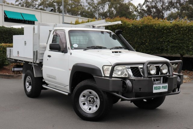 Used Nissan Patrol GU 6 MY08 DX, 2009 Nissan Patrol GU 6 MY08 DX White 5 Speed Manual Cab Chassis
