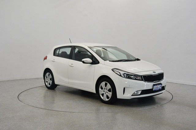 Used Kia Cerato YD MY17 S, 2017 Kia Cerato YD MY17 S Clear White 6 Speed Sports Automatic Hatchback