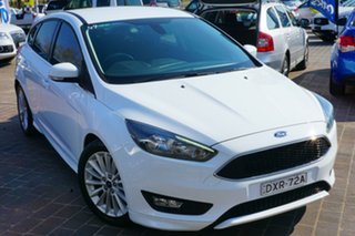 2015 Ford Focus LZ Sport White 6 Speed Manual Hatchback.