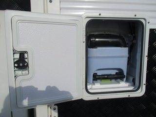 2010 PK SLIDE ON CAMPER Ford Ranger White Motor Camper