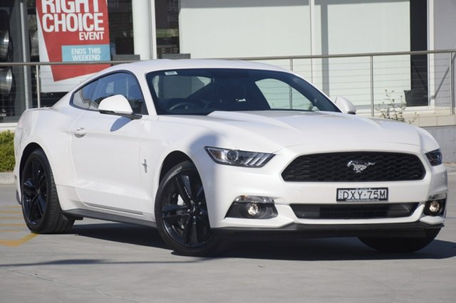 Used Ford Mustang FM MY17 Fastback SelectShift, 2017 Ford Mustang FM MY17 Fastback SelectShift White Platinum Tri-Coat 6 Speed Sports Automatic