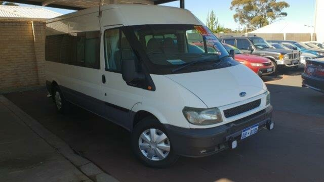 Used Ford Transit VJ Mid Roof, 2005 Ford Transit VJ Mid Roof White 5 Speed Seq Manual Auto-Clutch Bus