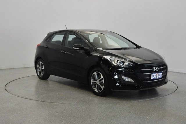 Used Hyundai i30 GD3 Series II MY16 Active X, 2015 Hyundai i30 GD3 Series II MY16 Active X Black 6 Speed Sports Automatic Hatchback