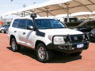 2014 Toyota Landcruiser VDJ200R MY13 GX (4x4) White 6 Speed Automatic Wagon.