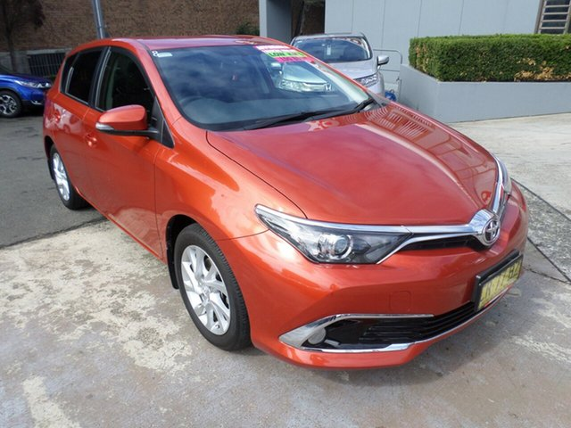 Used Toyota Corolla ZRE182R Ascent Sport S-CVT, 2016 Toyota Corolla ZRE182R Ascent Sport S-CVT Orange 7 Speed Constant Variable Hatchback