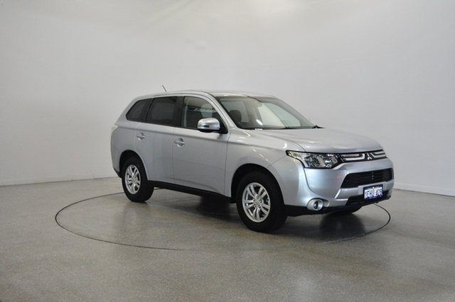 Used Mitsubishi Outlander ZJ MY14 LS 2WD, 2013 Mitsubishi Outlander ZJ MY14 LS 2WD Cool Silver 6 Speed Constant Variable Wagon