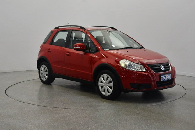 Used Suzuki SX4 GYA MY13 Crossover, 2013 Suzuki SX4 GYA MY13 Crossover Red 6 Speed Manual Hatchback