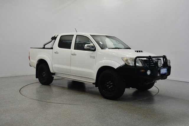 Used Toyota Hilux KUN26R MY14 SR5 Double Cab, 2014 Toyota Hilux KUN26R MY14 SR5 Double Cab White 5 Speed Manual Utility