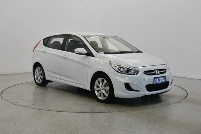 Used Hyundai Accent RB5 MY17 Sport, 2017 Hyundai Accent RB5 MY17 Sport Crystal White 6 Speed Sports Automatic Hatchback