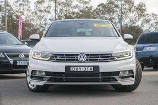 2016 Volkswagen Passat 3C (B8) MY17 206TSI DSG 4MOTION R-Line Pure White 6 Speed.