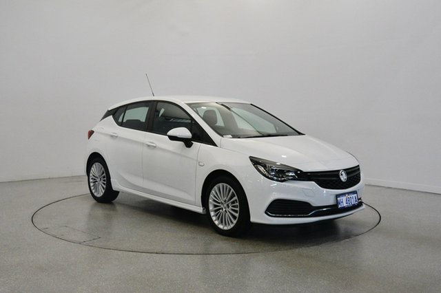 Used Holden Astra BK MY17 R, 2016 Holden Astra BK MY17 R White 6 Speed Manual Hatchback