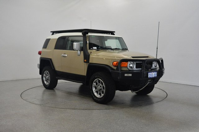 Used Toyota FJ Cruiser GSJ15R , 2011 Toyota FJ Cruiser GSJ15R Beige 5 Speed Automatic Wagon
