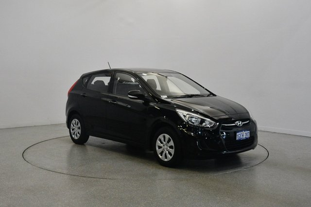 Used Hyundai Accent RB3 MY16 Active, 2016 Hyundai Accent RB3 MY16 Active Phantom Black 6 Speed Constant Variable Hatchback