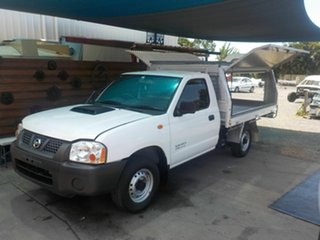 2011 Nissan Navara D22 Series 5 DX (4x2) White 5 Speed Manual Cab Chassis.