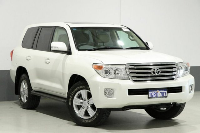 Used Toyota Landcruiser VDJ200R MY13 VX (4x4), 2015 Toyota Landcruiser VDJ200R MY13 VX (4x4) Pearl White 6 Speed Automatic Wagon