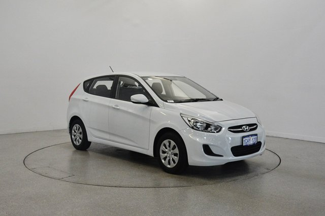 Used Hyundai Accent RB4 MY17 Active, 2017 Hyundai Accent RB4 MY17 Active Chalk White 6 Speed Constant Variable Hatchback
