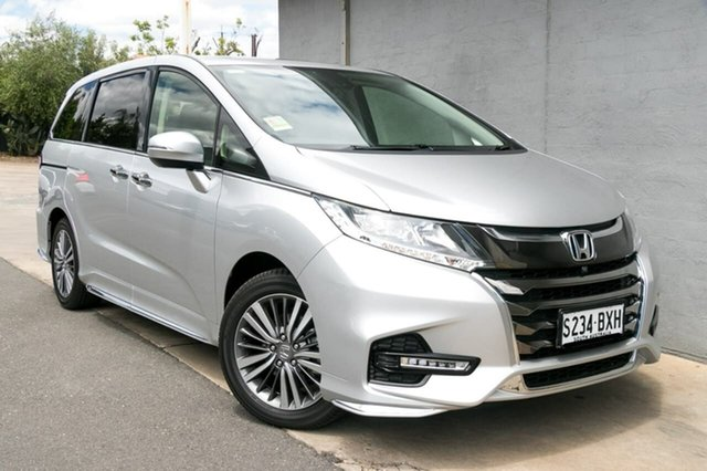 Demo Honda Odyssey RC MY18 VTi-L, 2018 Honda Odyssey RC MY18 VTi-L Super Platinum 7 Speed Constant Variable Wagon