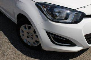 2014 Hyundai i20 PB MY15 Active White 6 Speed Manual Hatchback